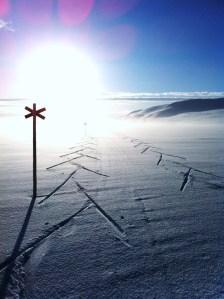 En tidig morgon i våras. Jag och Niclas tar följe från Storulvån till Ulvåtjärn.Foto: Niclas Bentzer